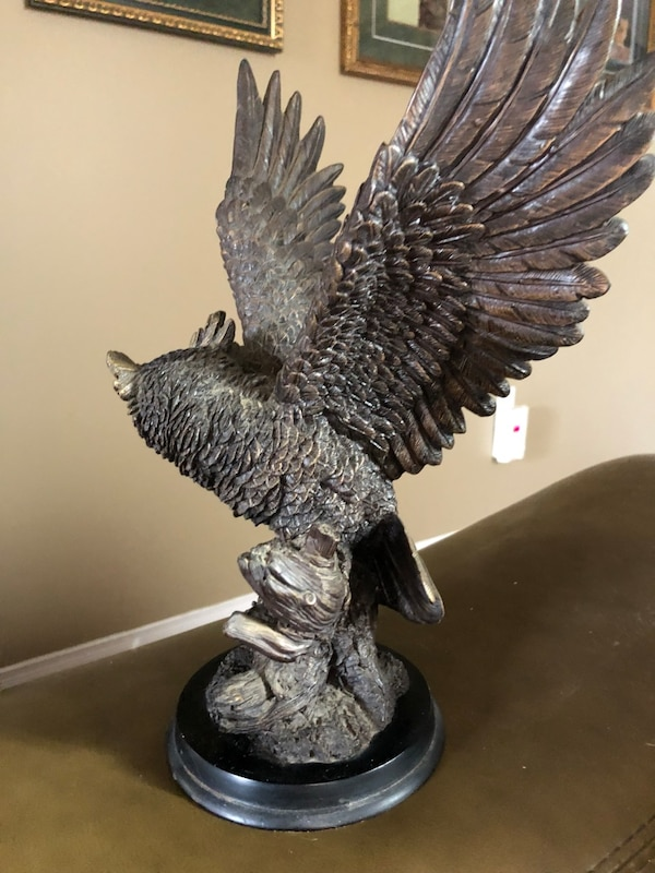 "The Natelia collection gorgeous OWL statue mint 12"" tall A+detail work 2c0167a1-66c1-4de0-b828-7e680f474a7d"