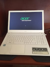 Acer Notebook Intel i5 6200U 8gb RAM 2gb Nvidia 920m