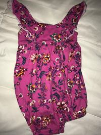 Purple, white, and green floral sleeveless top Nashville, 27856