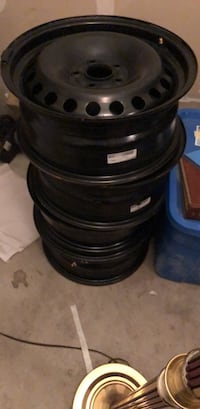 Steel rims 215/55/R17 554 km