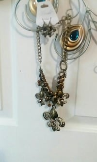 Lovely necklace and earrings