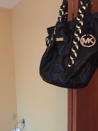 black leather Michael Kors shoulder bag Hackensack, 07601