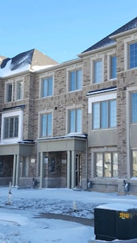 Townhome For Rent 3BR 3BA Brampton