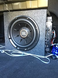 """JBL 10"""" Car Audio Subwoofer 2 & 4 ohm with 400 watt amplifier + enclosed box + most wiring / Practically brand new Las Vegas"""