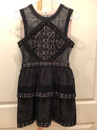 BCBG Dress - Size 4 Toronto, M9A 2N8