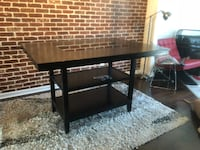 Dining room table with chairs 27 mi
