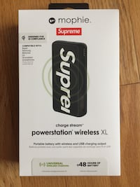 Supreme XL Wireless charging Mophie  McLean
