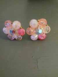 Vintage Clip on pink beaded earrings Oklahoma City, 73112