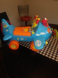 Gently used working riding toys  Springfield