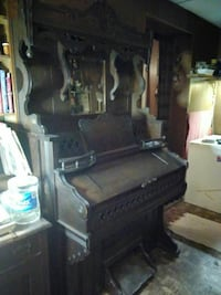 Grand early 1900's Weaver Organ