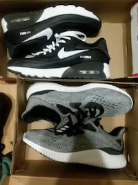 pair of gray-and-black Nike running shoes Johnston, 02919