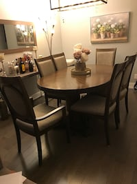 Dining Set (Table and 6 Chairs) Toronto, M2J 3C1