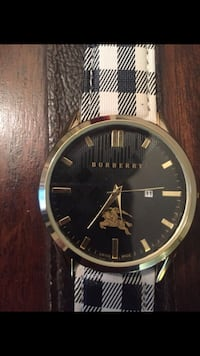 Burberry Watch  New York, 11354