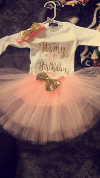 1 year old baby girl onesie and tutu . NEW Oxnard, 93030