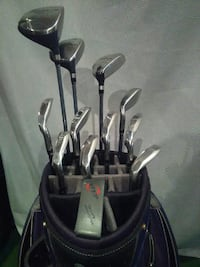 Golf Clubs Ladies RH Complete Set Brantford, N3T 5M1