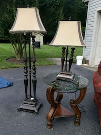 two black metal base table lamps Springfield, 22152