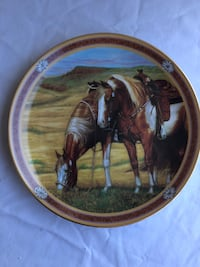 "Painted Heights - 8"" Collectors Plate Monmouth, 97361"
