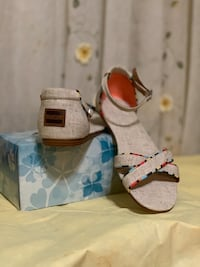 Toms Correa Sandals  Fort Worth, 76110