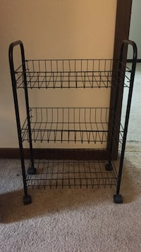 black metal 3-layer rack Rochester, 15074