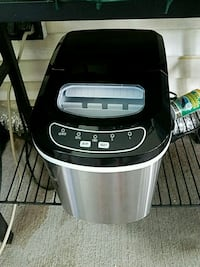 black and gray ice maker! Indianapolis, 46222