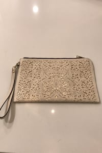 Cute clutch purse Toronto, M5A 1B9