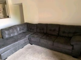 Sectional!! Great Condition!! $250