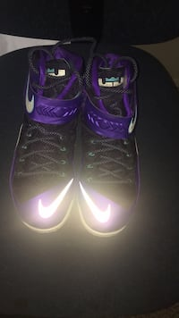 Lebron Soldiers size 12   100$ obo Abbotsford, V2T 4X9