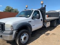 2006 Ford F550 flat bed ready for work with lift gate Brampton