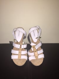 Nine West Womens Strappy Sandals Size 9