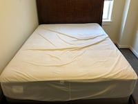 Queen mattress with mattress protector and box spring Washington