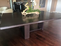 Rectangular brown extendable wooden dining table Los Angeles, 90049
