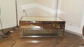 Mirror coffee table with chrome finish