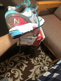new balance running shoes, Size 7 USA Vancouver, V5P 3A7