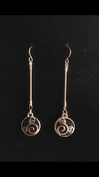 #20 Dangly Mickey Mouse earrings  Vancouver, 98661