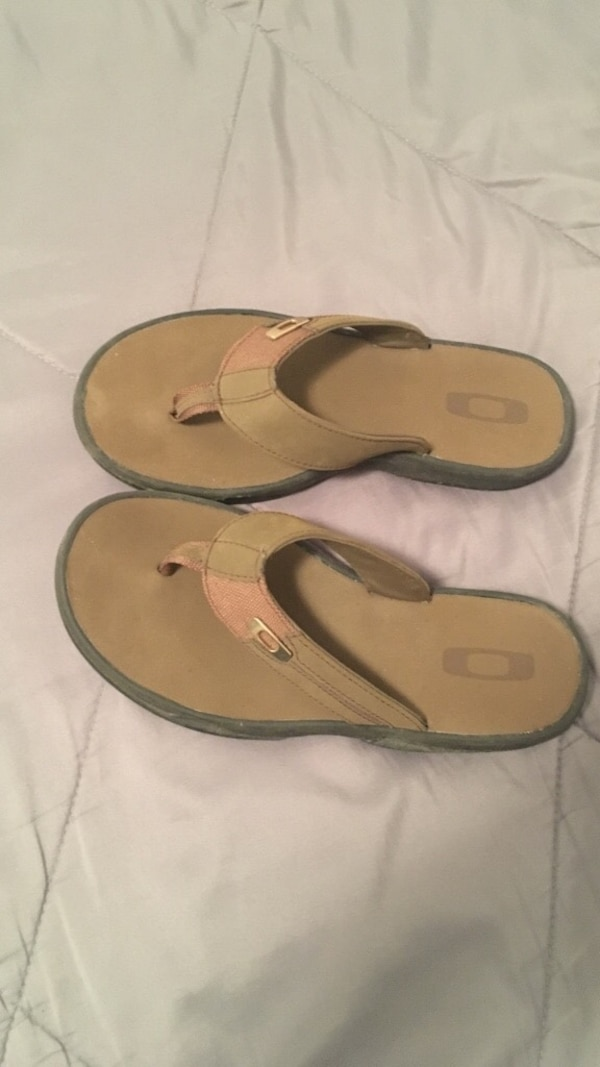 14f06b4e0b Used Oakley flip flops size 9-11 for sale in Greenwood - letgo