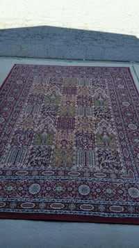red, white, and black floral area rug Coquitlam, V3K