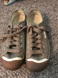 Keen tennis athletic shoes 8