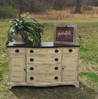 white and black wooden dresser Tupelo, 38804
