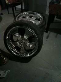 22 inch rims 5lug only 3 center caps ready to roll Columbus, 43211