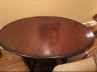 Antique English Oak Barley Twist gate leg gateleg drop leaf oval table.      Arlington, 22201