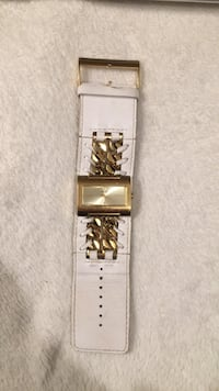 White leather Guess Watch Cambridge, N1T 1K9