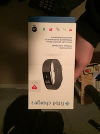 Fitbit Charge 2 box