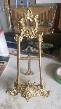 Solid Brass Plate Stand (India) Toronto, M9L 1J9
