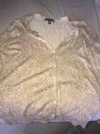 XL Cardigan - price not negotiable - pick up only Germantown, 20874
