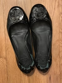 Tory burch leather flats  Springfield, 22152
