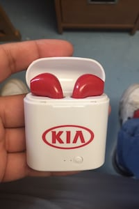 Red Kia Headphones Halifax, B3H 3P9