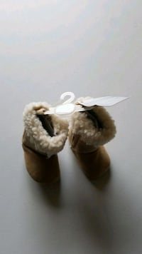 Light camel baby boots (New)