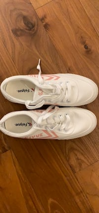 [Brand new]Feiyue Women White Sneaker with Pink Prints size 6 New York, 11249