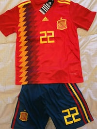 Brand new in tags Spain 2018 World Cup kids kit  Mississauga, L5B 4M8