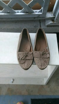 pair of brown leather shoes size 10 Marietta, 30064